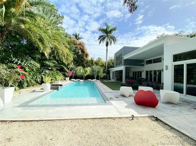3925 LEAFY WAY, Miami, FL 33133 - Photo 1