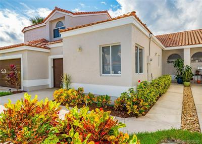 10426 PLAZA CENTRO # 10426, Boca Raton, FL 33498 - Photo 1