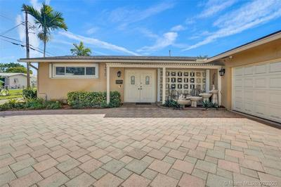 4620 LINCOLN ST, HOLLYWOOD, FL 33021 - Photo 2