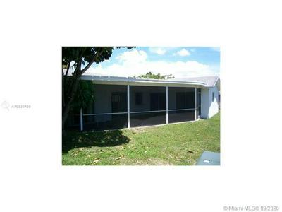 7608 NW 68TH WAY, Tamarac, FL 33321 - Photo 2