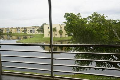 8600 SUNRISE LAKES BLVD APT 302, Sunrise, FL 33322 - Photo 2