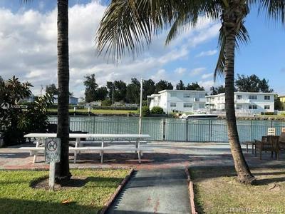 1239 MARSEILLE DR 8, MIAMI BEACH, FL 33141 - Photo 1