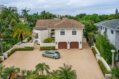 217 THATCH PALM DR, Boca Raton, FL 33432 - Photo 2