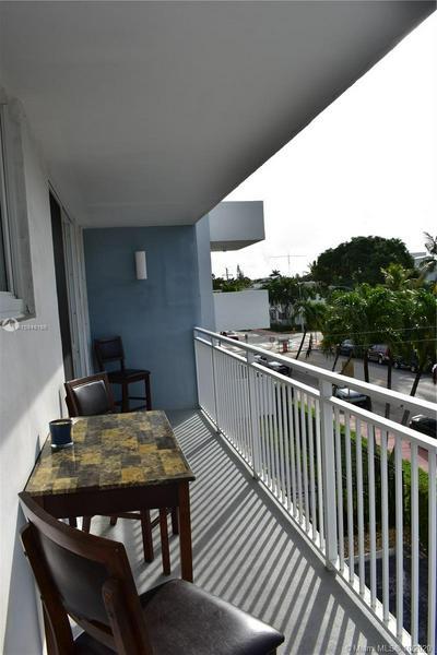1045 10TH ST APT 301, Miami Beach, FL 33139 - Photo 2