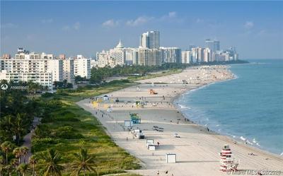 910 MICHIGAN AVE 403, Miami Beach, FL 33139 - Photo 2