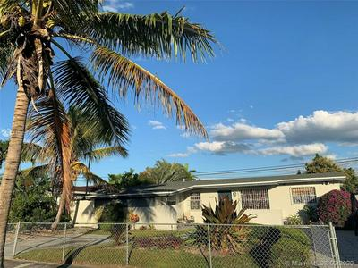 16631 SW 102ND AVE, MIAMI, FL 33157 - Photo 2