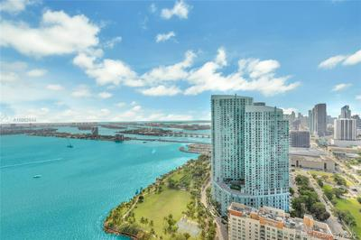 2020 N BAYSHORE DR APT 4103, Miami, FL 33137 - Photo 2