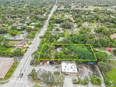 5620 SW 67TH AVE, South Miami, FL 33143 - Photo 2