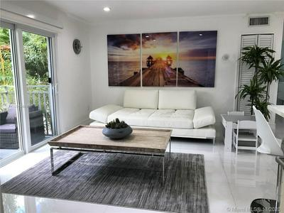 363 WASHINGTON AVE APT 21, Miami Beach, FL 33139 - Photo 2