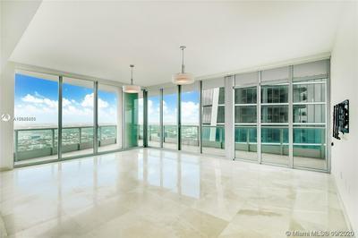 900 BISCAYNE BLVD APT 6009, Miami, FL 33132 - Photo 1