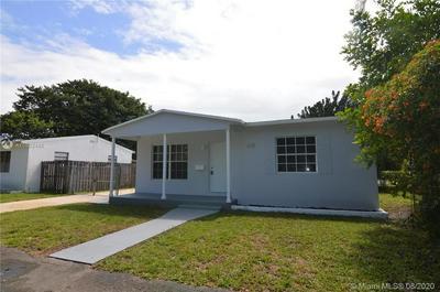 625 SW 7TH AVE, Hallandale Beach, FL 33009 - Photo 2