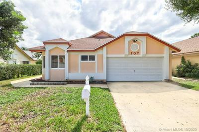 707 HOLLY ST, North Lauderdale, FL 33068 - Photo 2