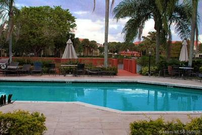 10733 CLEARY BLVD APT 307, Plantation, FL 33324 - Photo 2