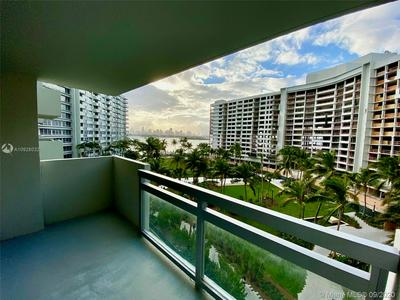 1500 BAY RD APT 666S, Miami Beach, FL 33139 - Photo 1