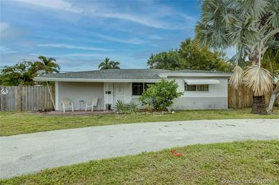 4648 N ANDREWS AVE, Oakland Park, FL 33309 - Photo 2