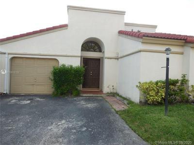 526 SW 88TH CT, Miami, FL 33174 - Photo 1