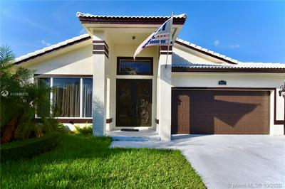 8937 NW 146TH TER, Miami Lakes, FL 33018 - Photo 2