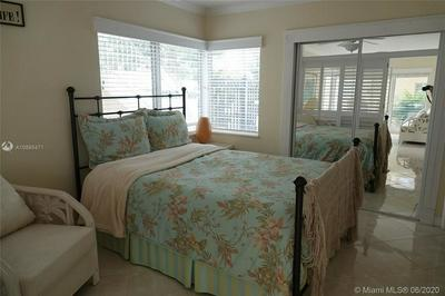 1775 HARBOURVIEW DR APT 14, Fort Lauderdale, FL 33316 - Photo 2