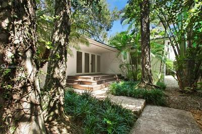 4095 LA PLAYA BLVD, Miami, FL 33133 - Photo 1