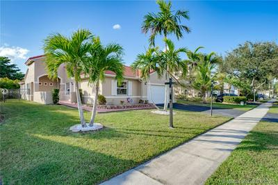 320 NW 187TH AVE, Pembroke Pines, FL 33029 - Photo 2
