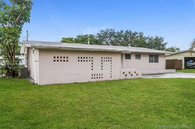 314 NW 49TH AVE, Plantation, FL 33317 - Photo 2