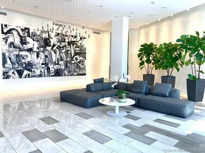 2001 MERIDIAN AVE APT 330, Miami Beach, FL 33139 - Photo 2