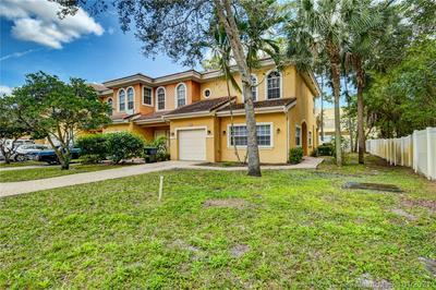 5834 ERIK WAY # 5834, Green Acres, FL 33463 - Photo 2