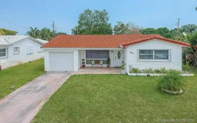 1807 N 39TH AVE, HOLLYWOOD, FL 33021 - Photo 1