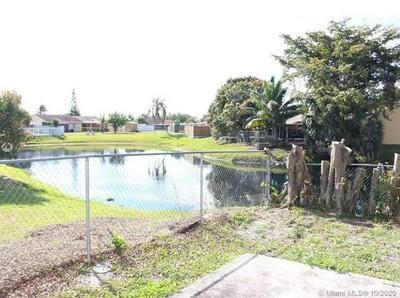 5084 NW 195TH LN, Miami Gardens, FL 33055 - Photo 2