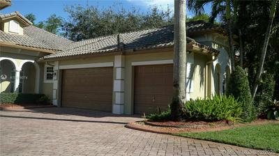 4011 BLUE GRASS LN, Davie, FL 33330 - Photo 2