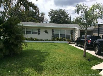5622 SE LAGUNA AVE, Stuart, FL 34997 - Photo 2