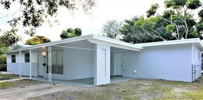 130 NW 72ND AVE, Pembroke Pines, FL 33024 - Photo 2