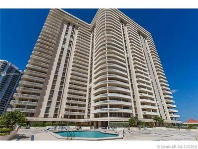 19355 TURNBERRY WAY # PHE, Aventura, FL 33180 - Photo 1