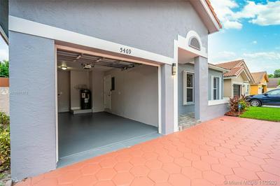 5469 NW 189TH ST, Miami Gardens, FL 33055 - Photo 2