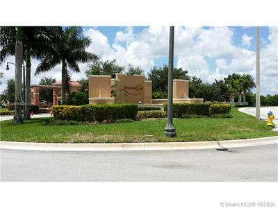 1002 SW 144TH AVE # 1002, Pembroke Pines, FL 33027 - Photo 2