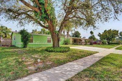 531 N 70TH AVE, Hollywood, FL 33024 - Photo 2