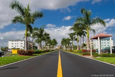 2094 CORNWALL E # 2094, Boca Raton, FL 33434 - Photo 2