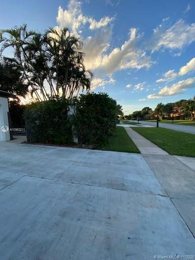 5286 STONYBROOK DR, Boynton Beach, FL 33437 - Photo 2