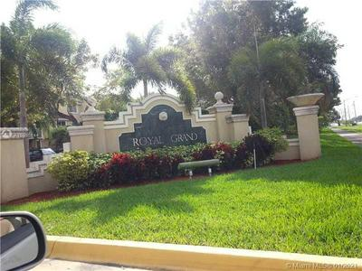 2600 S UNIVERSITY DR APT 117, Davie, FL 33328 - Photo 2