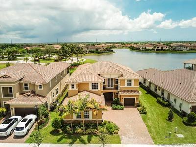 10371 PENINSULA PL, Parkland, FL 33076 - Photo 1