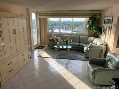 5005 COLLINS AVE 803, MIAMI BEACH, FL 33140 - Photo 1
