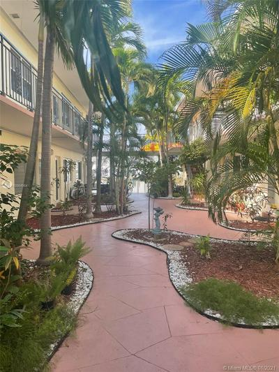 8040 TATUM WATERWAY DR APT 3, Miami Beach, FL 33141 - Photo 2