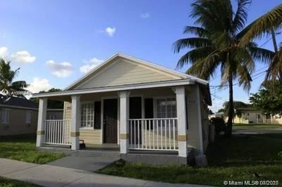 406 FOSTER RD, Hallandale Beach, FL 33009 - Photo 2