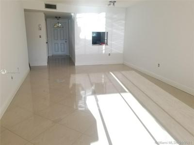 8450 SUNRISE LAKES BLVD APT 202, Sunrise, FL 33322 - Photo 2