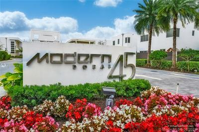 9734 NW 75TH ST, Doral, FL 33178 - Photo 1