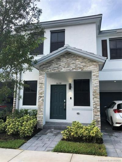 1628 SW 29TH ST, Fort Lauderdale, FL 33315 - Photo 1