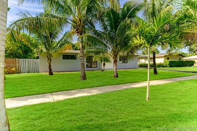 4816 NW 5TH CT, Plantation, FL 33317 - Photo 2
