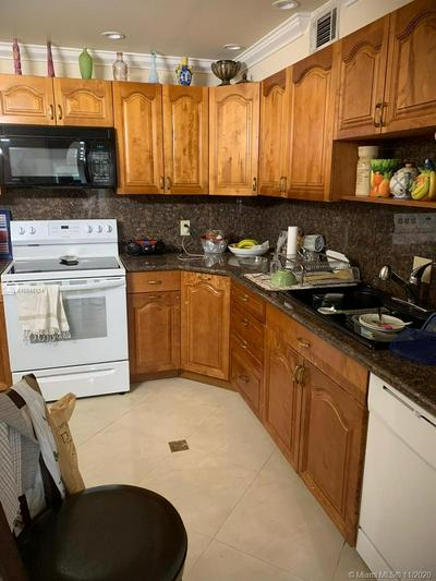 4060 N HILLS DR APT 22, Hollywood, FL 33021 - Photo 2