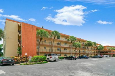 9440 SW 8TH ST APT 402, Boca Raton, FL 33428 - Photo 1