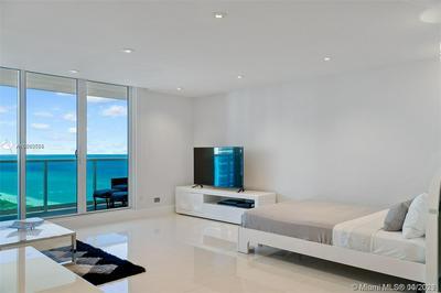 2301 COLLINS AVE APT 1211, Miami Beach, FL 33139 - Photo 1